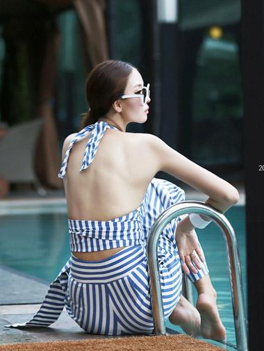 B1796体育螺母条纹女衬衫*蓝调,M尺寸*