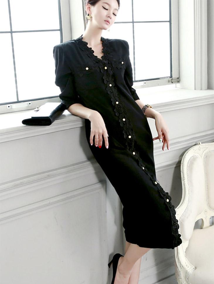 D3228 Aveline的花蕾丝连衣裙