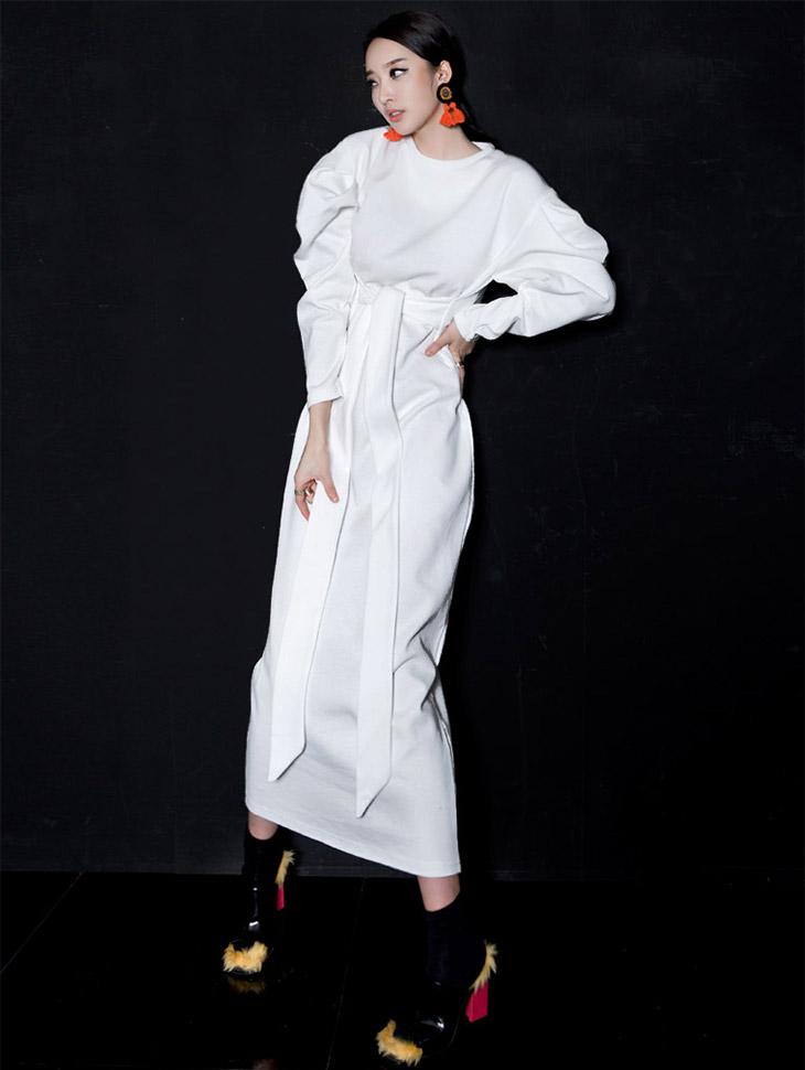 D-4452紫色泡沫泡泡袖衣衣裙(34号重新储存)