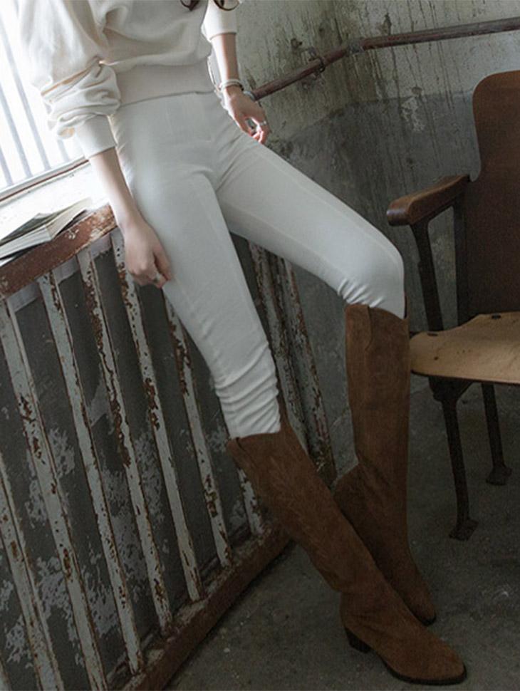 P1957两扣紧身线拉毛短裤
