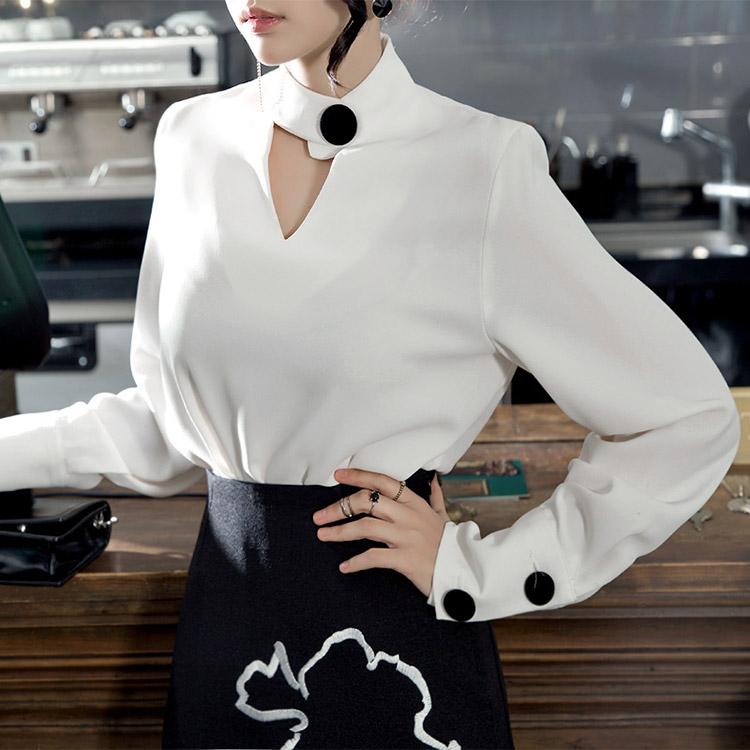 B2132 Celina切割短项链女士衬衫(第25次重新库存)