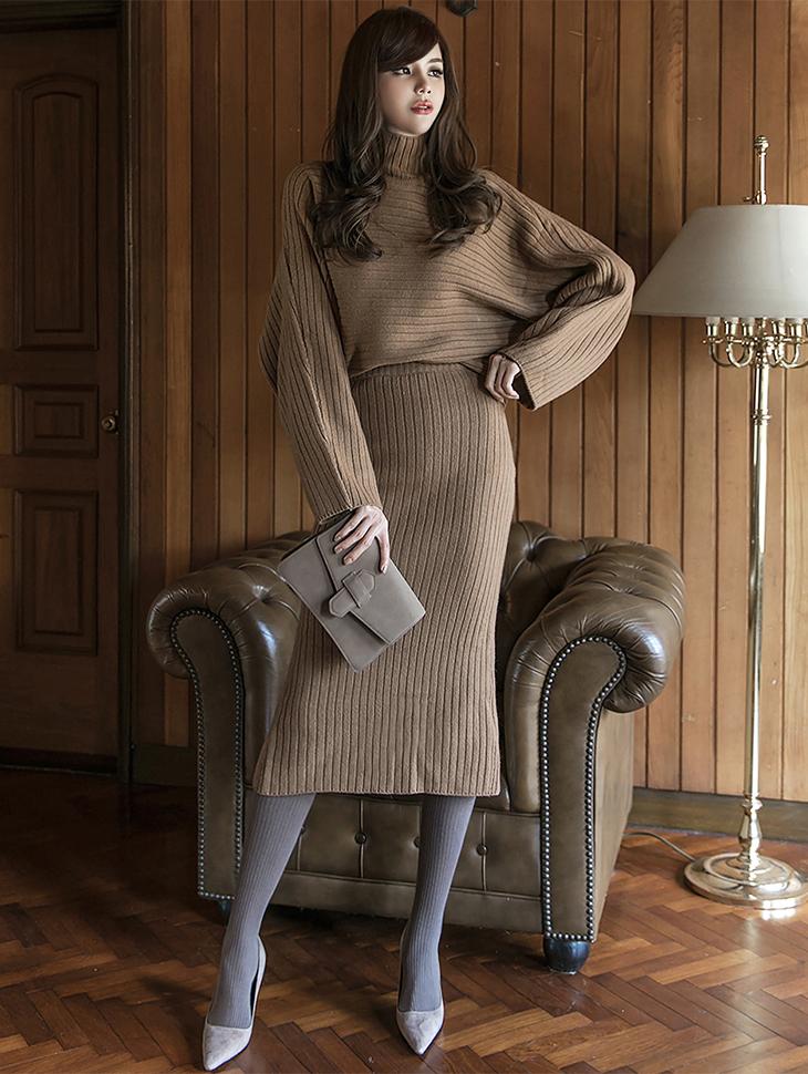 SK-483 竖纹针织裙