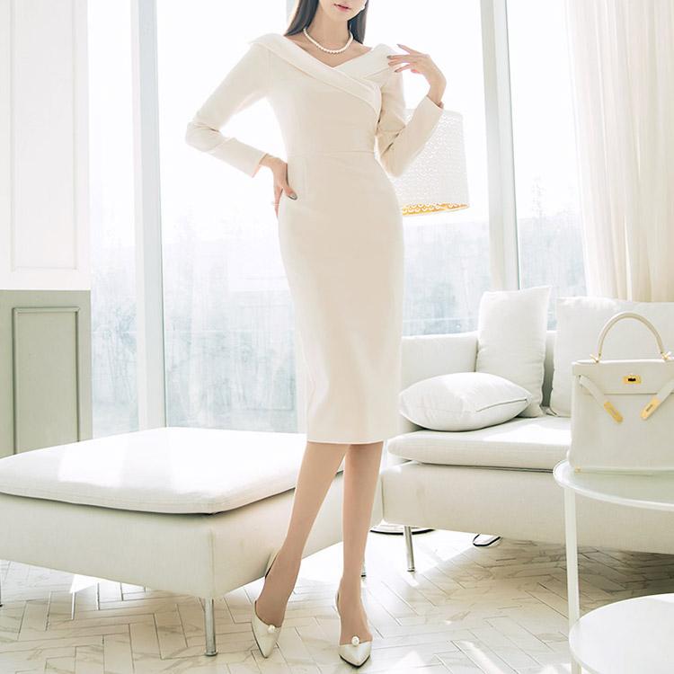 D3722 Blining Glossy Woman连身裙* L尺寸制作*(12进货)