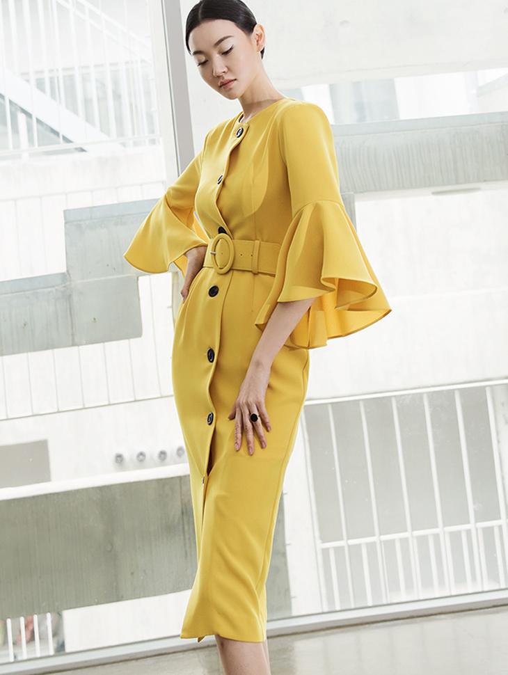 D3763 喇叭袖连身裙 (腰带组合)