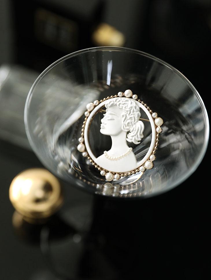 AB-159石膏圆形珍珠项链
