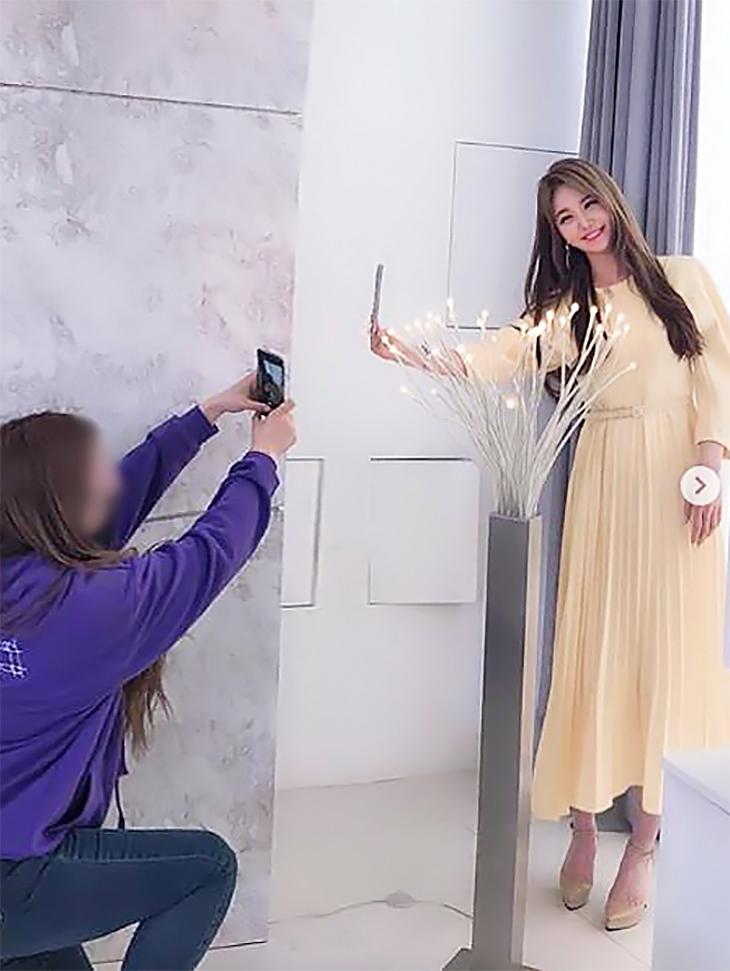 电视赞助商<br><br> <b>东亚电视台'Beauty&Shorts Season 3'</b> <br>康妍斌<br><br> D3749