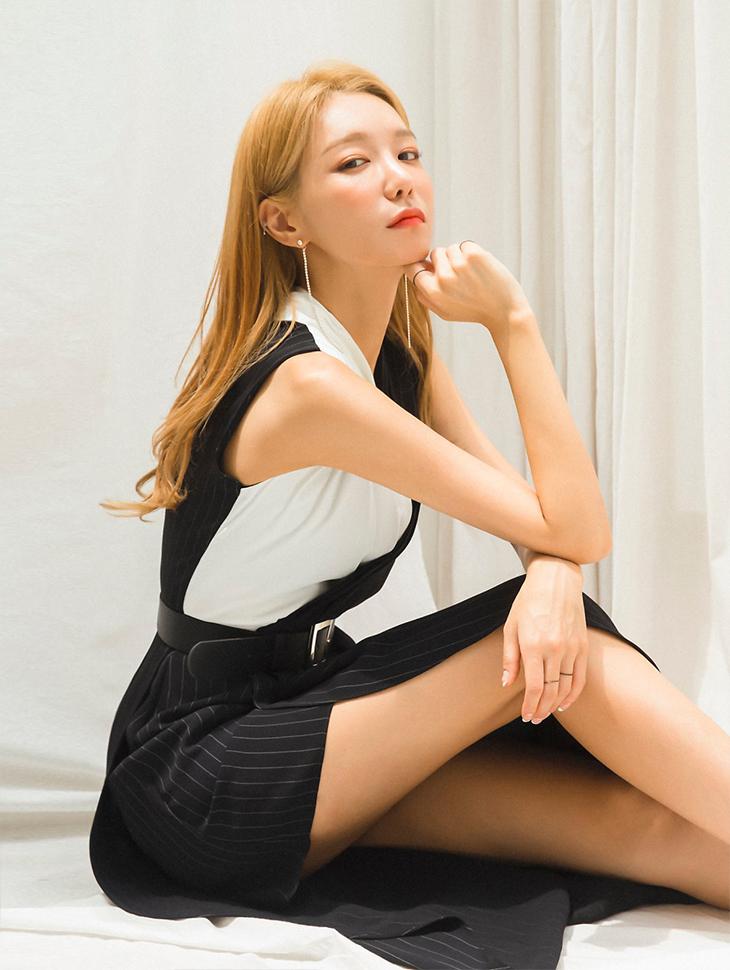 杂志<br><br><b>Moment Global interview</b> <br> Shin Soyul <br><br> D3622