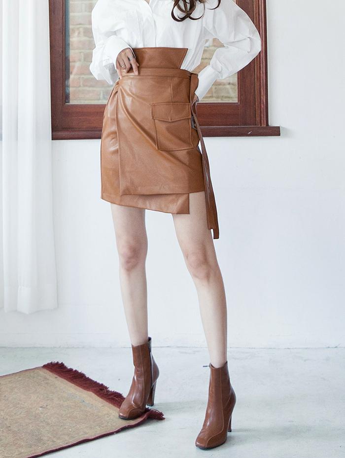 SK1943 不对衬皮革绑带半身裙