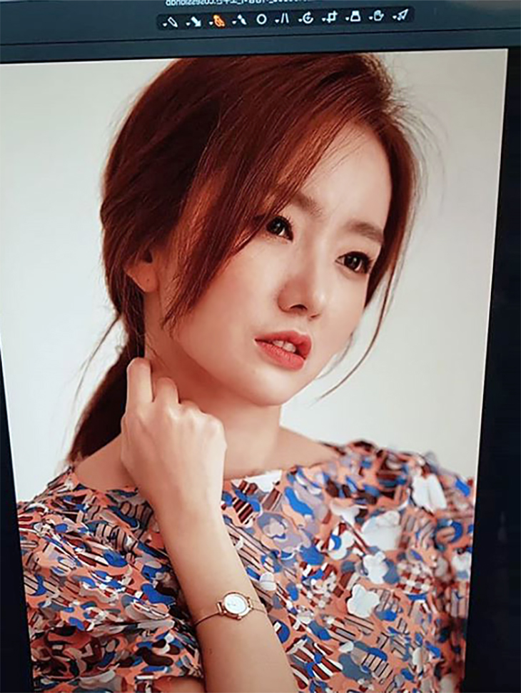 电力赞助商<br><br> <b>Instagram的</b> <br> Jo Soo-bin播音员<br><br> D9074