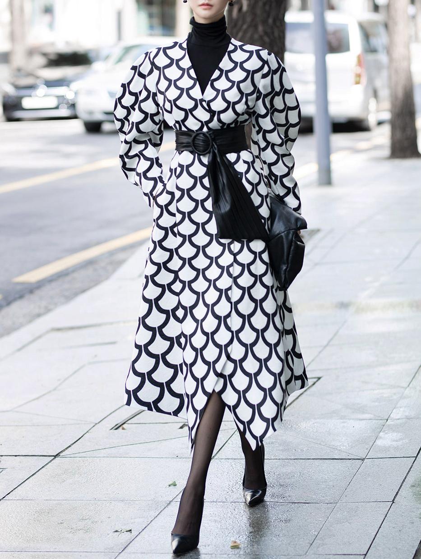 J9030 极长曲线风衣 (腰带组合) *能用以连身裙着用*