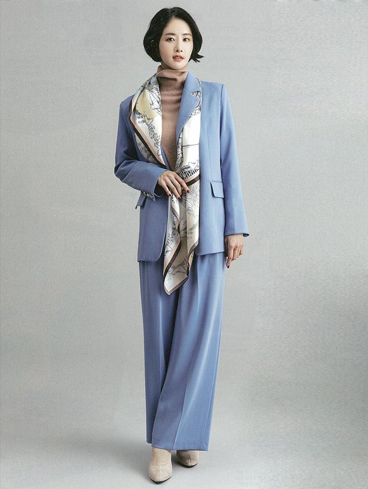 杂志杂志<br><br>  <b>Woman Sense</b> <br> model <br><br> J711, P2130