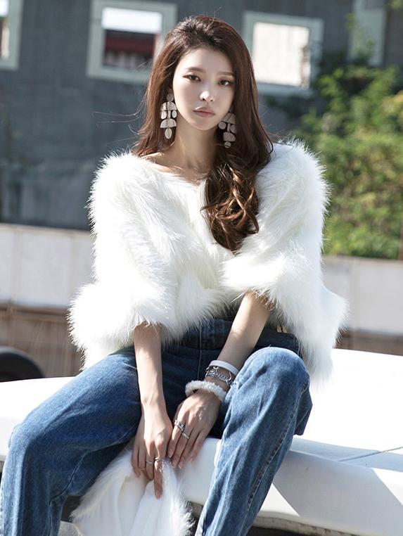 E9007 毛上衣