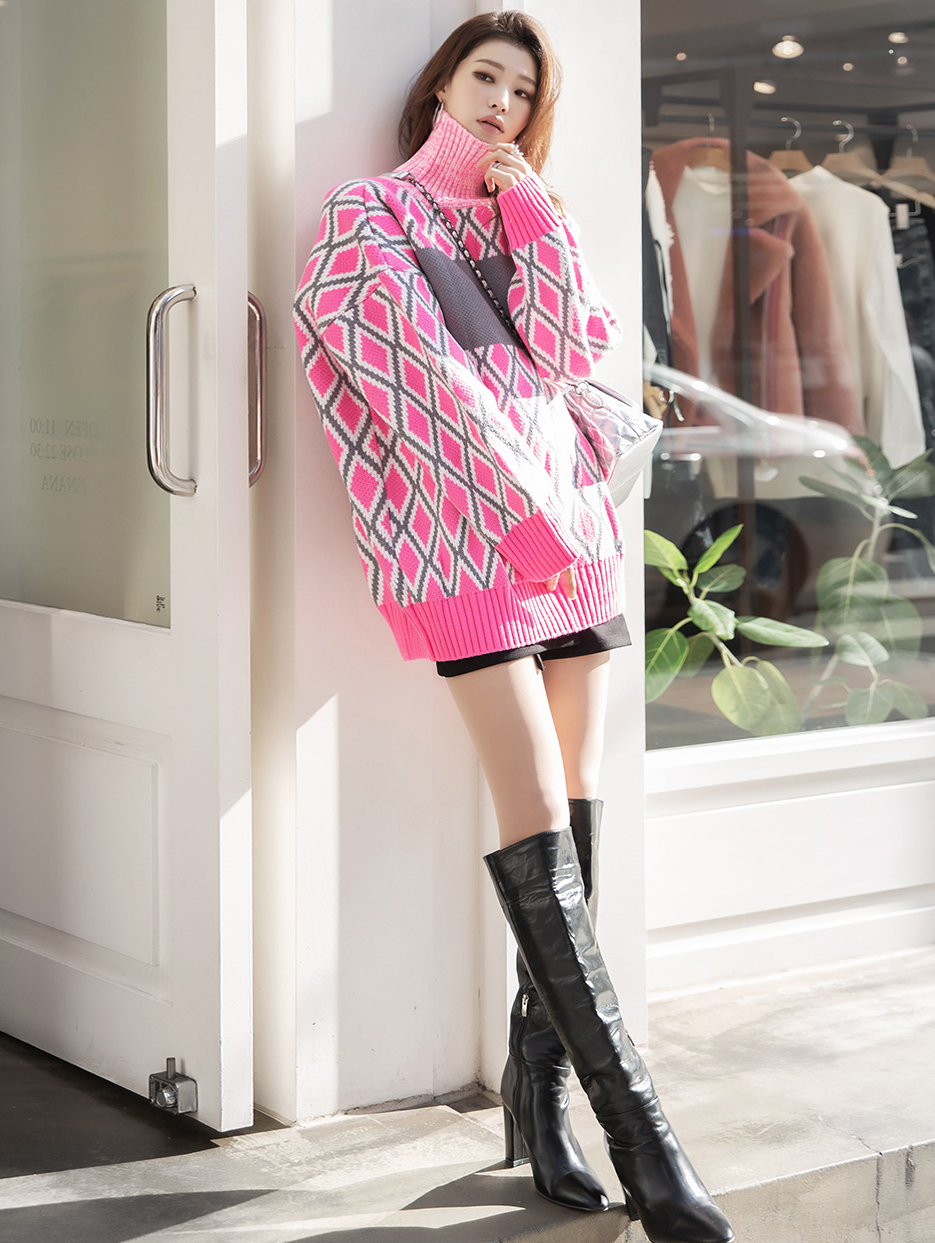 E2132 钻石图纹宽裕配色针织上衣 *能用以连身裙着用*
