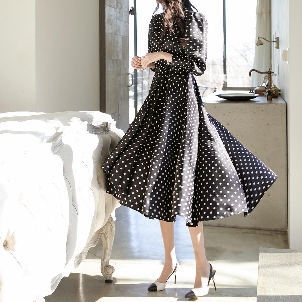 D4006 圆点百褶连身裙
